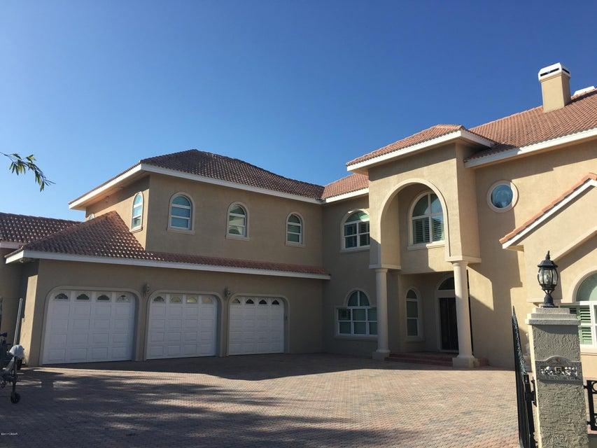 5 Widmer Circle, Daytona Beach, FL 32118