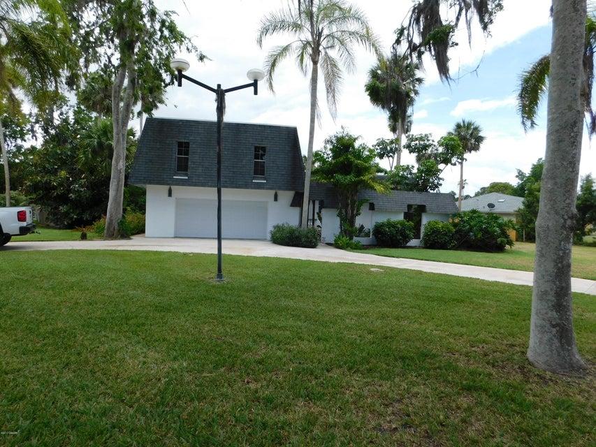 801 Carey Drive, South Daytona, FL 32119