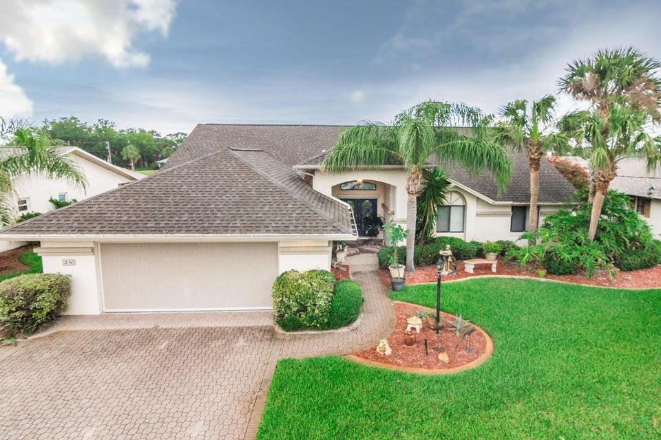 Photo of 28 N Claridge Court, Palm Coast, FL 32137