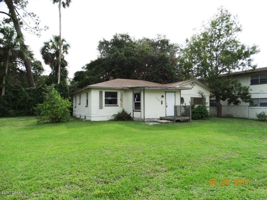 1008 S Palmetto Avenue, Daytona Beach, FL 32114