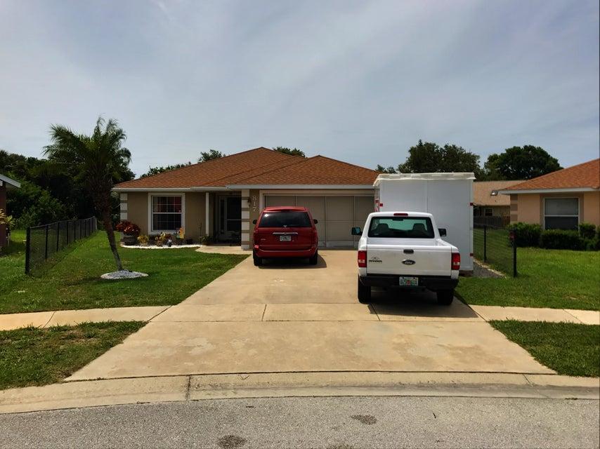 817 Angelina Court, Port Orange, FL 32127