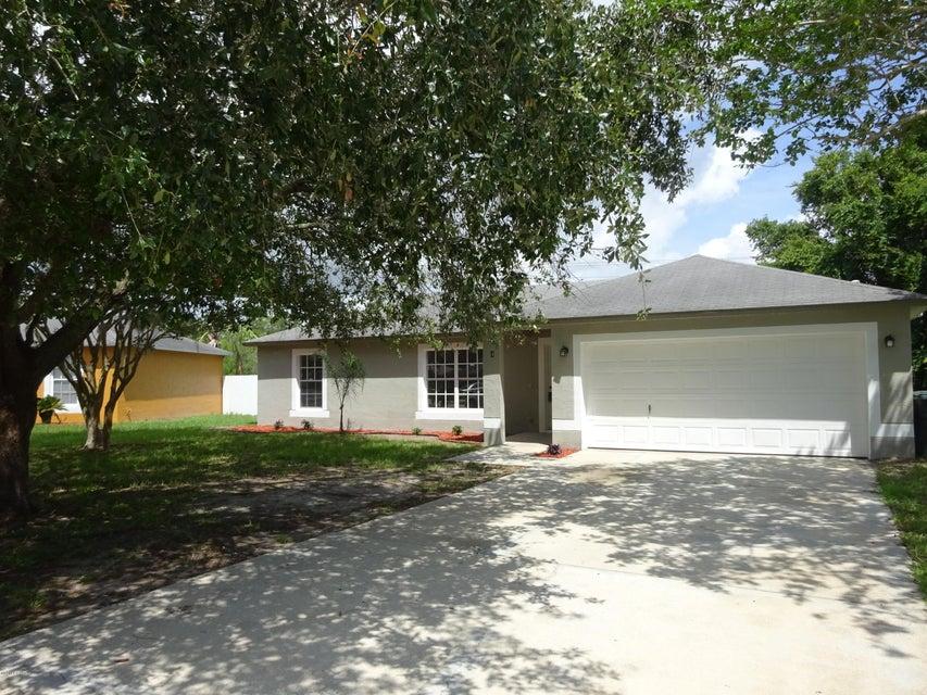 4 Cardinal Estates Boulevard, Daytona Beach, FL 32117