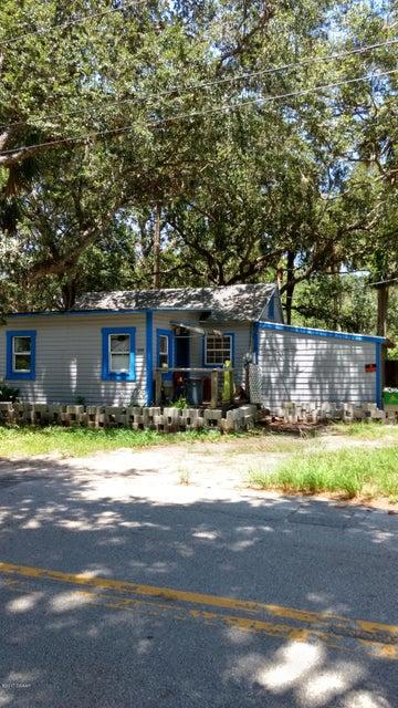 1043 S Myrtle Avenue, New Smyrna Beach, FL 32168