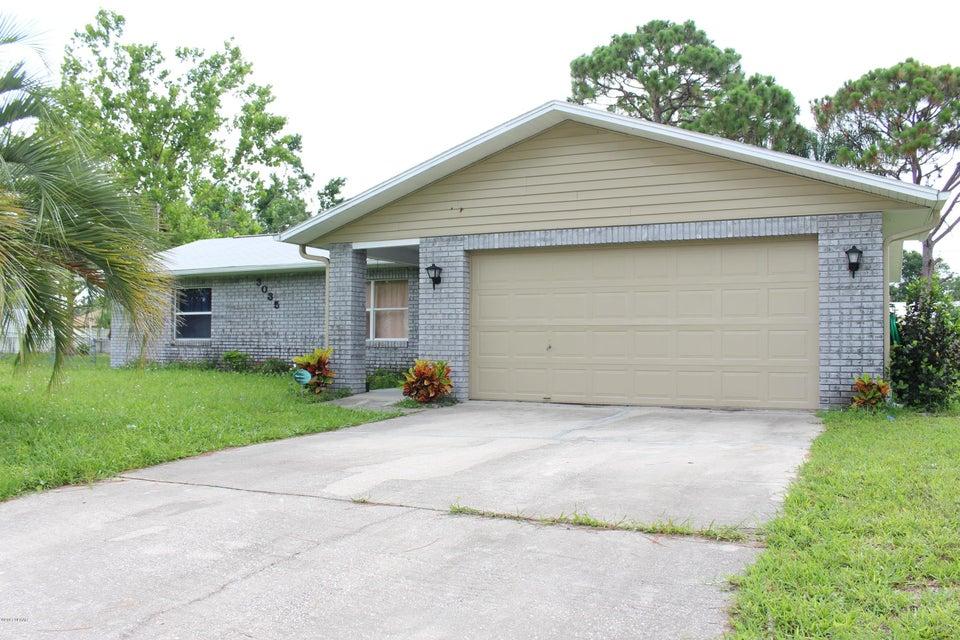 3035 Queen Palm Drive, Edgewater, FL 32141