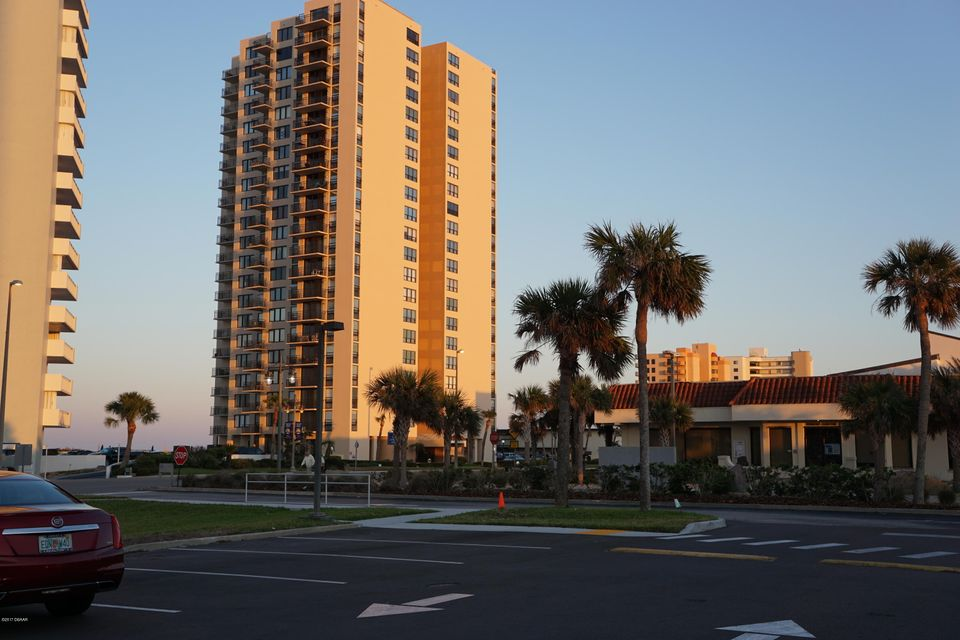 3051 S Atlantic Avenue 1006, Daytona Beach Shores, FL 32118