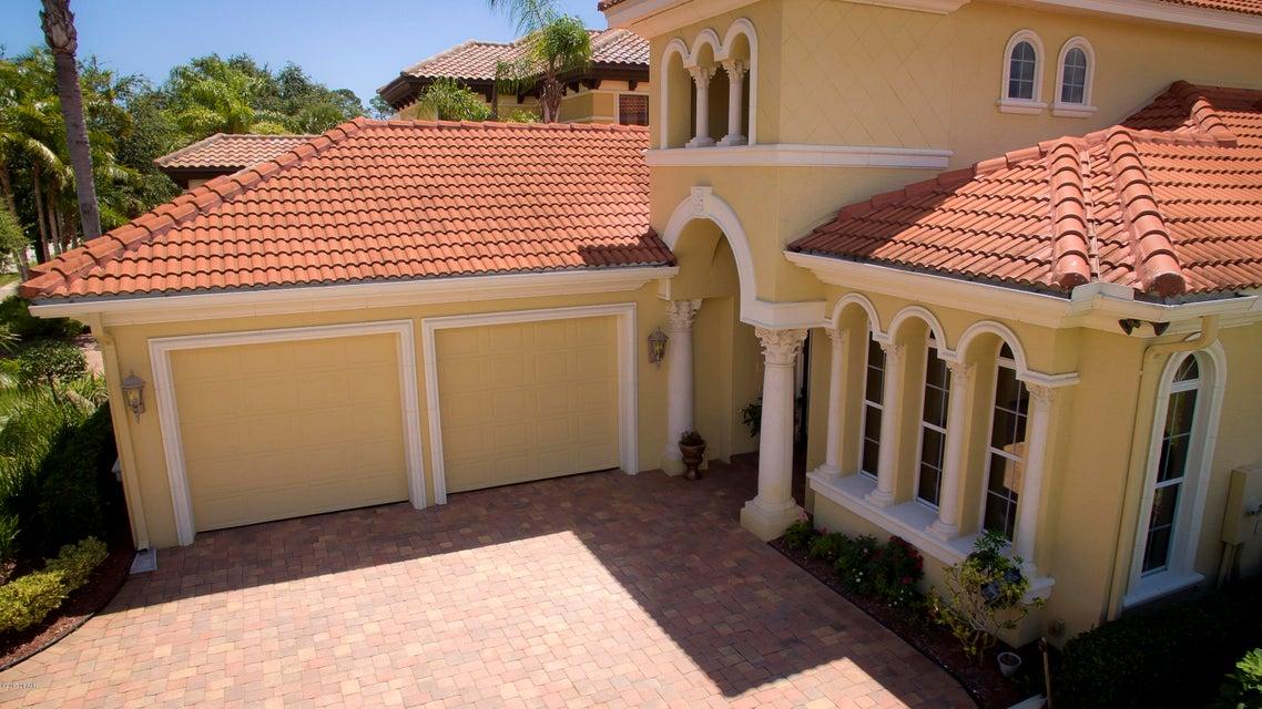 Photo of 110 Emerald Lake Drive, Palm Coast, FL 32137