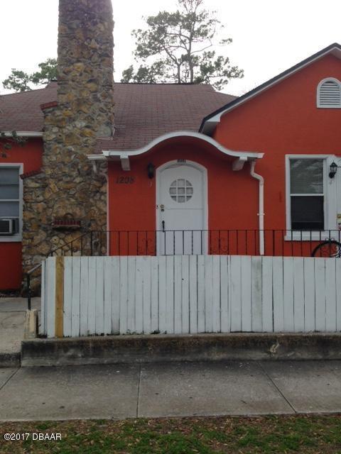 1208 S Ridgewood Avenue, Daytona Beach, FL 32114