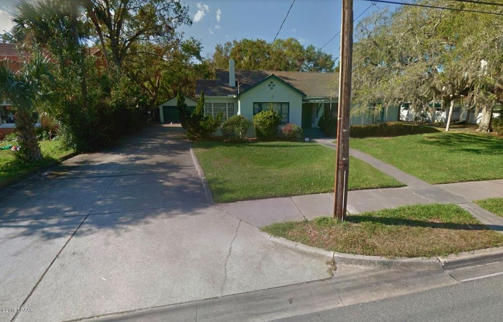 Photo of 944 S Ridgewood Avenue, Daytona Beach, FL 32114