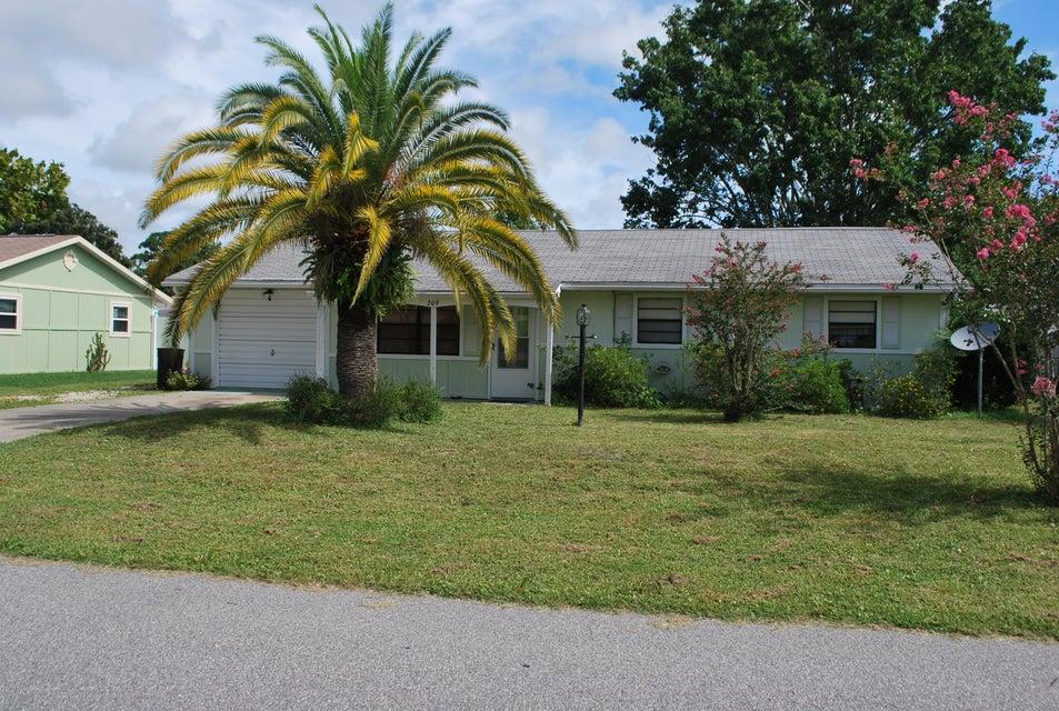 209 Lone Pine Drive, Edgewater, FL 32132