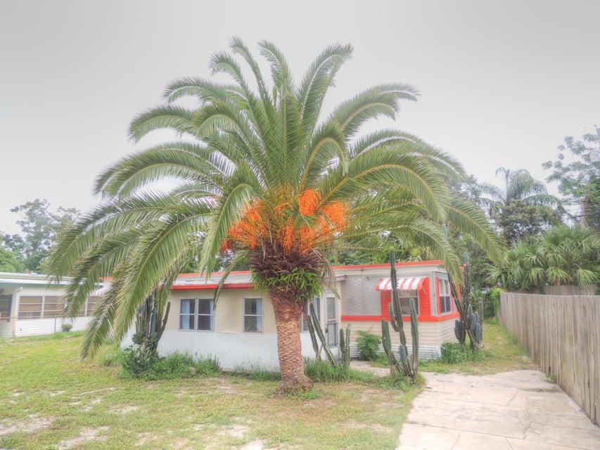 Photo of 1903 Woodcrest Drive, Ormond Beach, FL 32174