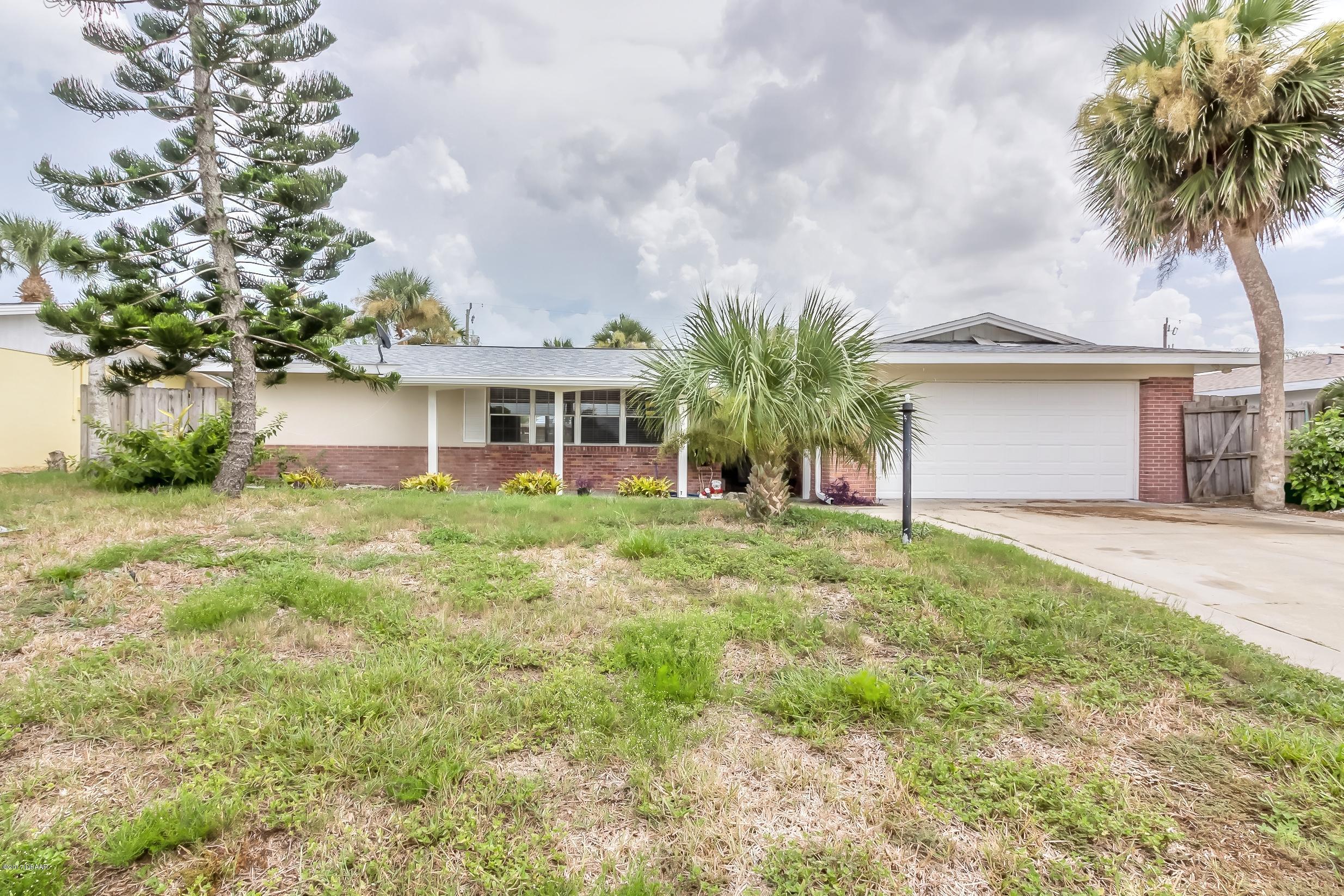 318 Georgetown Drive, Daytona Beach, FL 32118