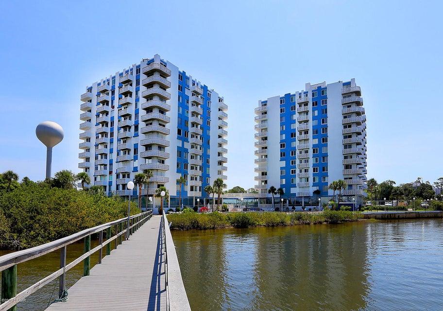 925 N Halifax Avenue 209, Daytona Beach, FL 32118