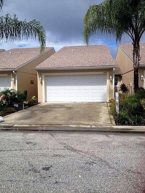 2210 Hawks Cove Circle, New Smyrna Beach, FL 32168