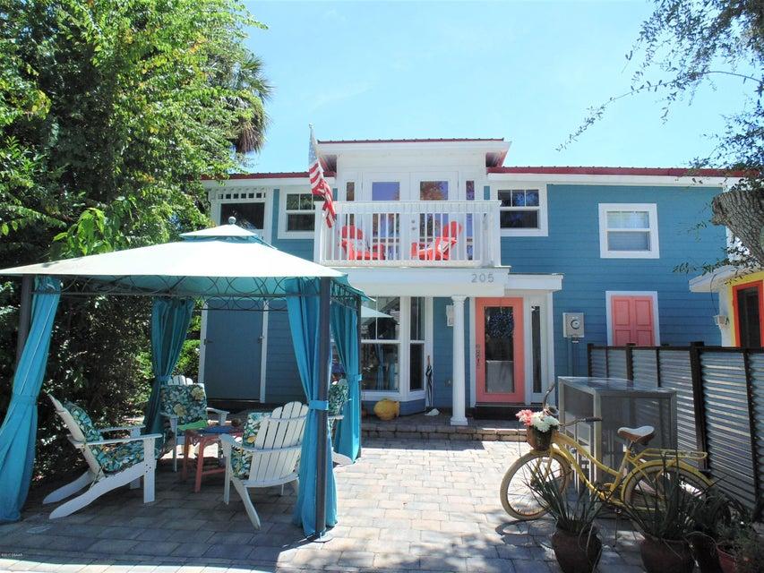 205 Cedar Avenue, New Smyrna Beach, FL 32169