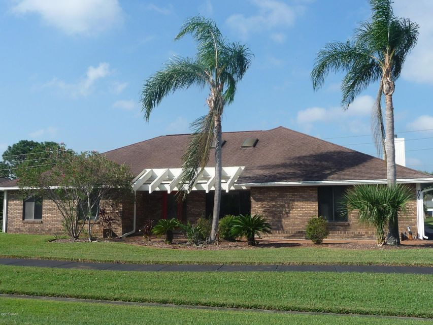 Photo of 781 Pelican Bay Drive, Daytona Beach, FL 32119
