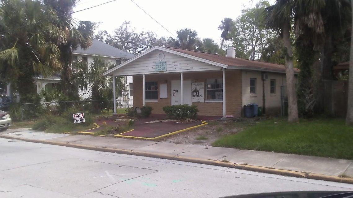Photo of 201 San Juan Avenue, Daytona Beach, FL 32114