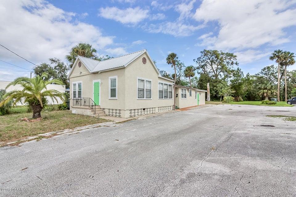 Photo of 633 N Ridgewood Avenue, Daytona Beach, FL 32114