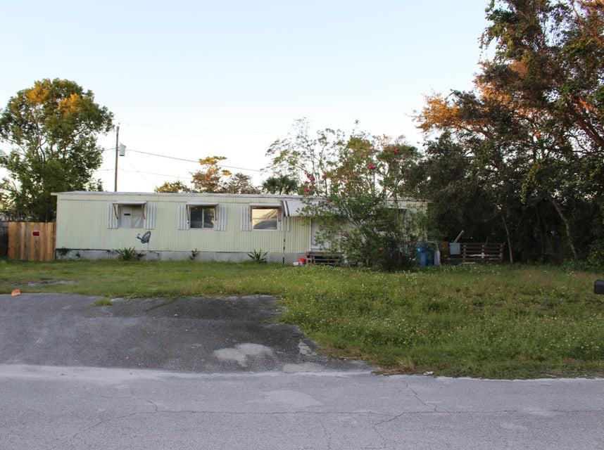 Photo of 1704 Ave B, Ormond Beach, FL 32174
