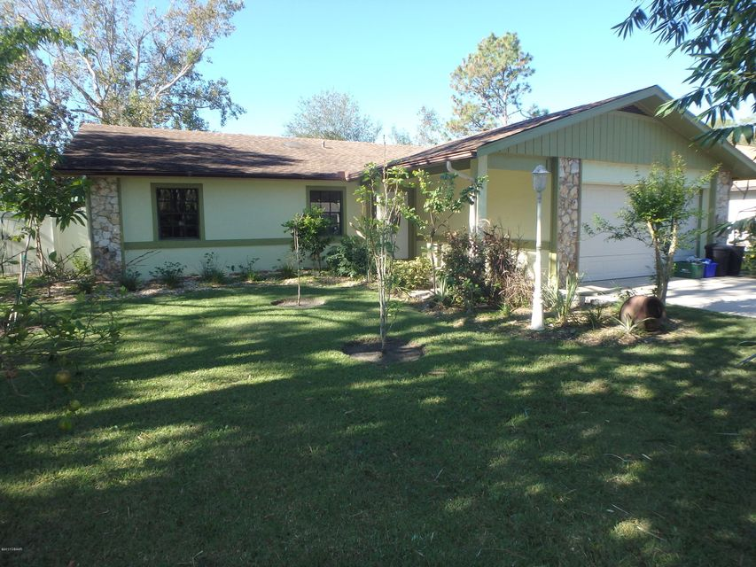 Photo of 12 Wayland Place, Palm Coast, FL 32164