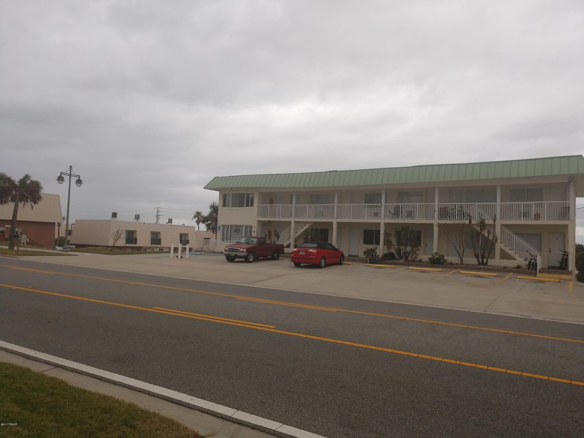 Photo of 3738 S Atlantic Avenue, Daytona Beach, FL 32118