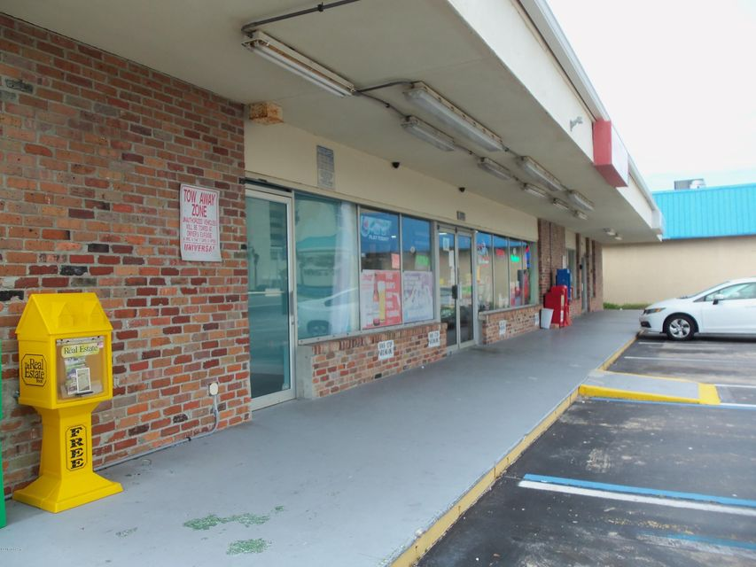 Photo of 3348 S Atlantic Avenue #South Side, Daytona Beach Shores, FL 32118