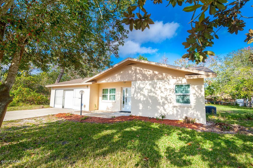 Photo of 104 Forrester Place, Palm Coast, FL 32137