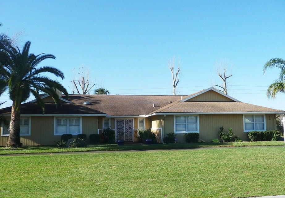Photo of 949 Pelican Bay Drive, Daytona Beach, FL 32119