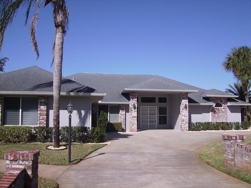 Photo of 905 Club House Boulevard, New Smyrna Beach, FL 32168