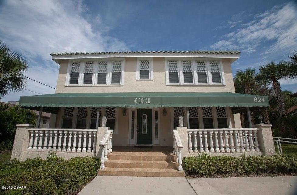 Photo of 624 N Wild Olive Avenue, Daytona Beach, FL 32118