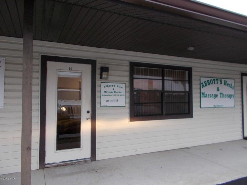 Photo of 931 S Ridgewood Avenue #B6, Edgewater, FL 32132