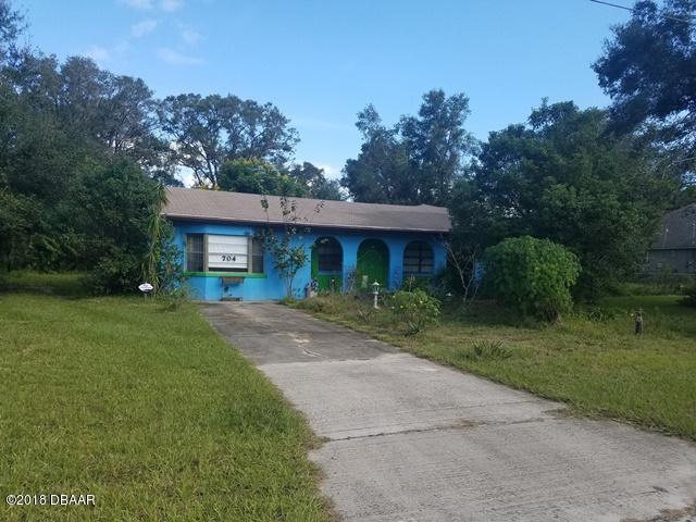 Photo of 704 Albert Lane, DeLand, FL 32720