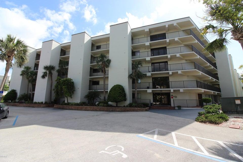 944 S Peninsula Drive, Daytona Beach, Florida