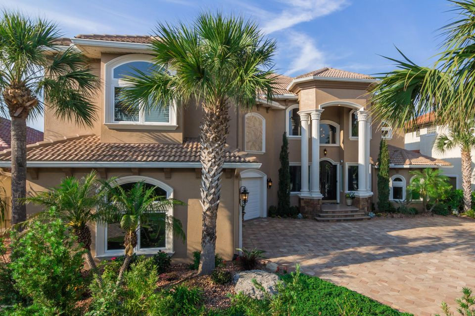 Photo of 62 N Waterview Drive, Palm Coast, FL 32137