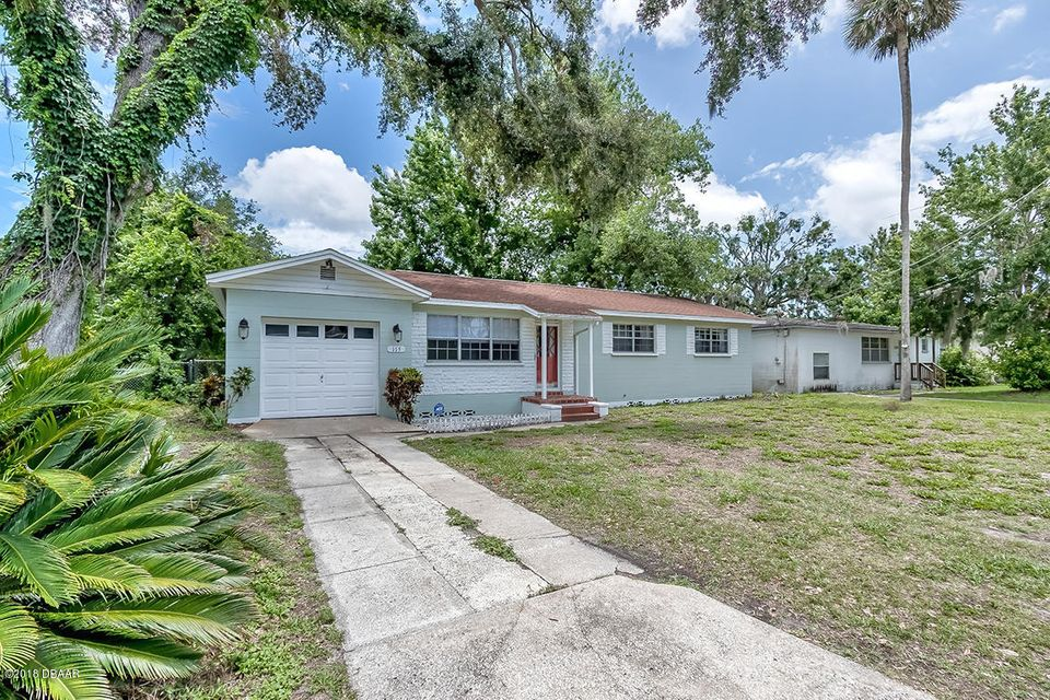 115  Maplewood Drive, Daytona Beach in Volusia County, FL 32117 Home for Sale