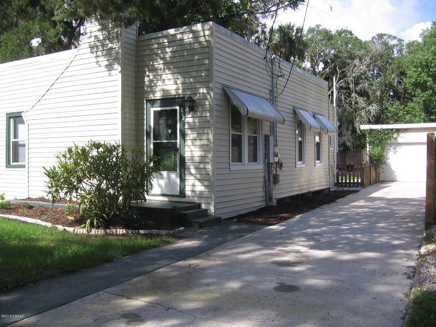 Photo of 272 S Orchard Street, Ormond Beach, FL 32174