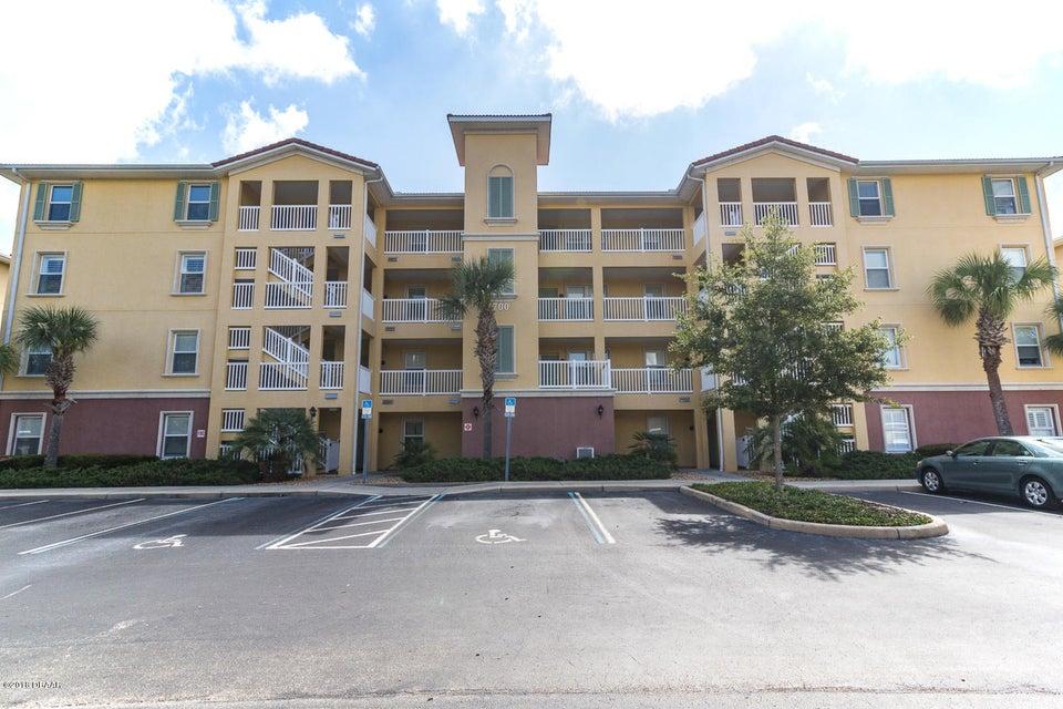 Photo of 700 Canopy Walk Lane #713, Palm Coast, FL 32137