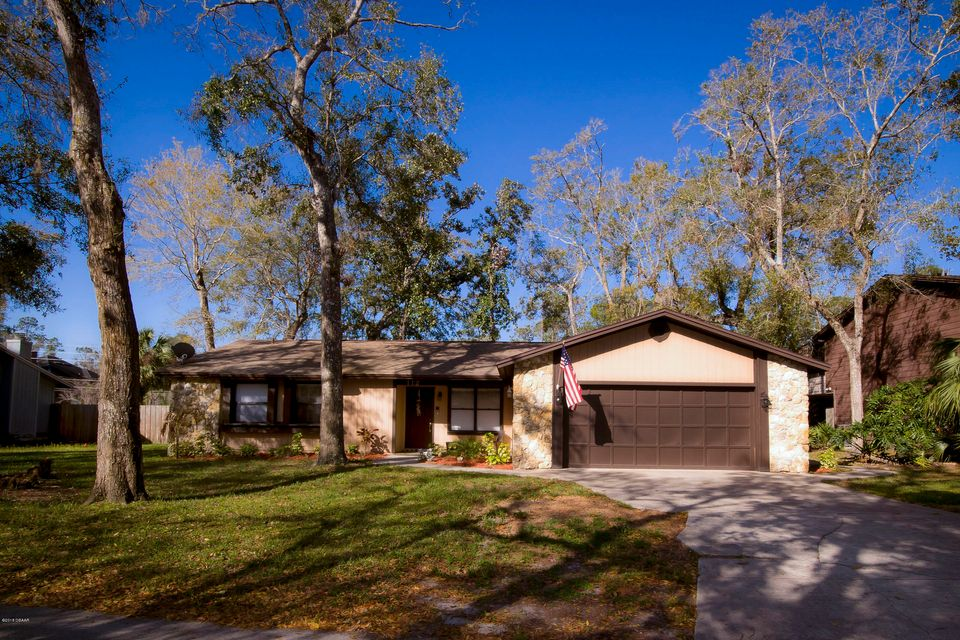 112  Willow Bend Lane, Ormond Beach in Volusia County, FL 32174 Home for Sale