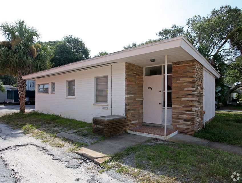 Photo of 416 N Oleander Avenue, Daytona Beach, FL 32118