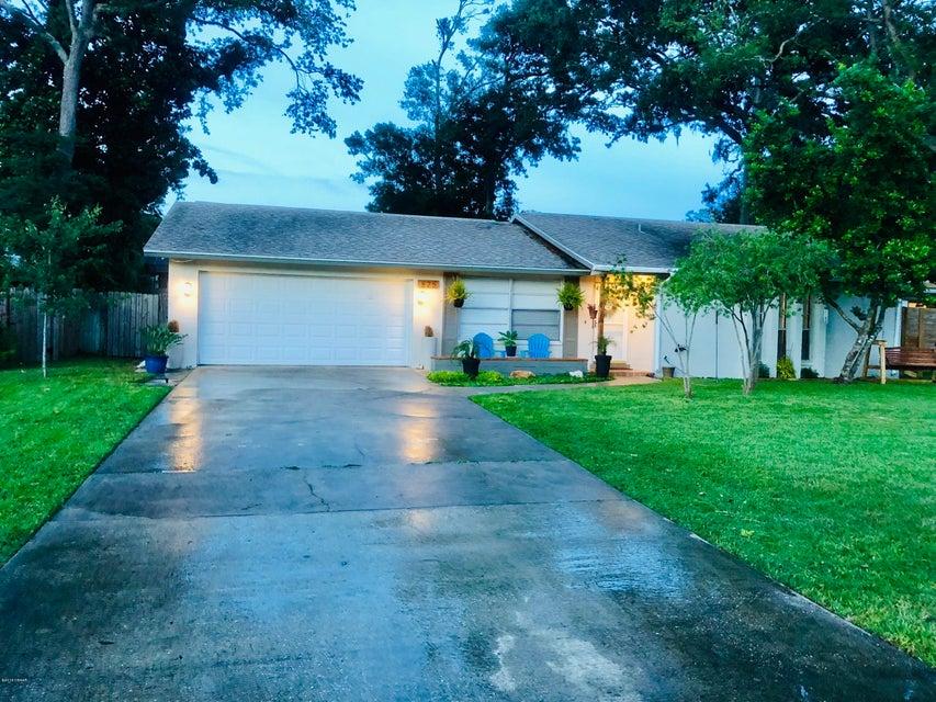 825 N Ridgewood Avenue, Ormond Beach in Volusia County, FL 32174 Home for Sale