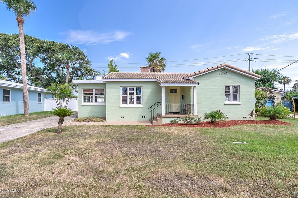 17  Goodall Avenue, Daytona Beach in Volusia County, FL 32118 Home for Sale