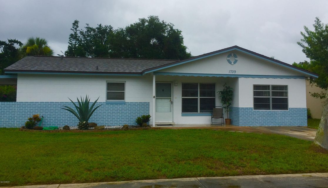 1709  Valencia Avenue, Ormond Beach in Volusia County, FL 32174 Home for Sale