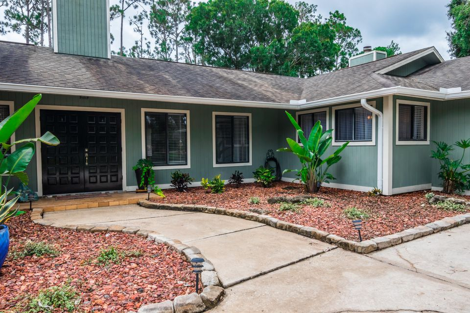 100  Pine Needles Circle, Daytona Beach in Volusia County, FL 32114 Home for Sale