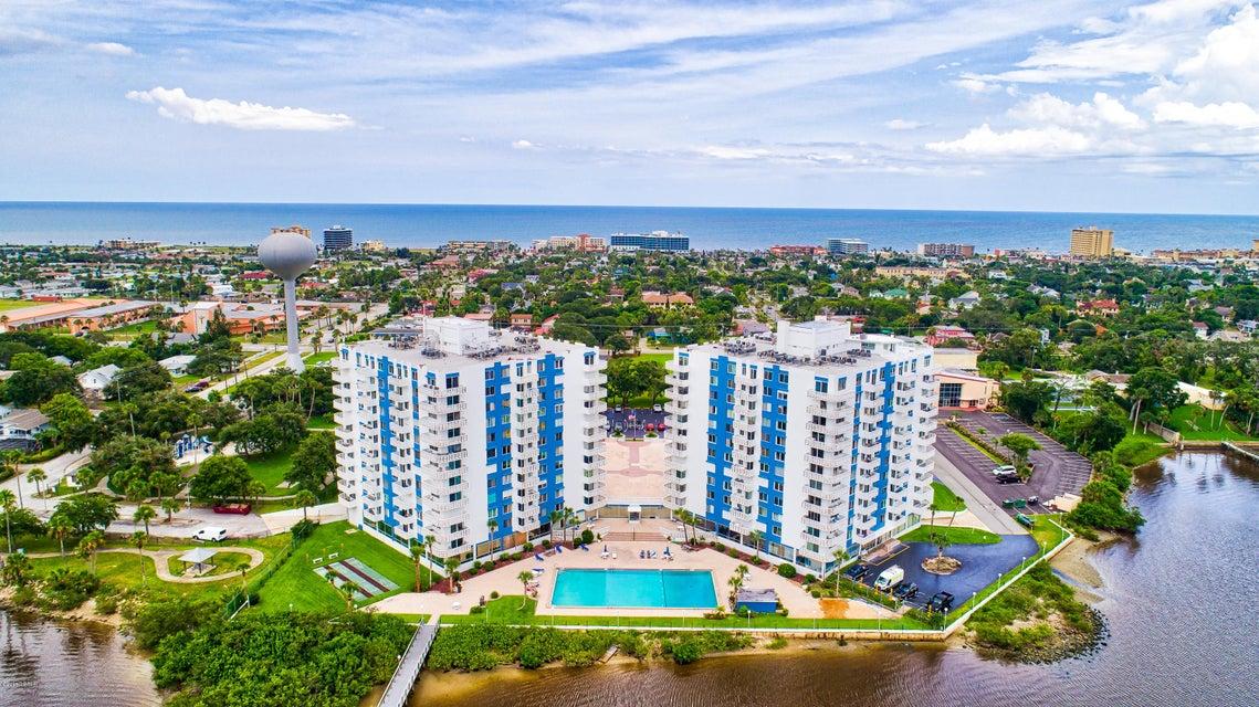 925 N Halifax Avenue, Daytona Beach, Florida