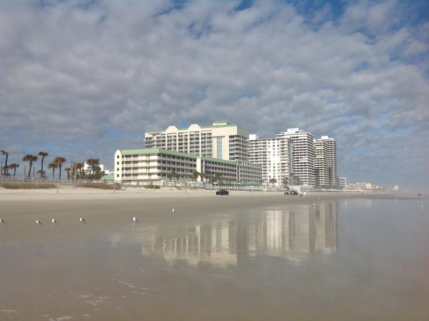 2700 N Atlantic Avenue, Daytona Beach, Florida