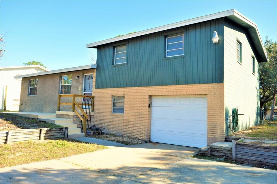 1509  Culverhouse Drive, Daytona Beach in Volusia County, FL 32117 Home for Sale