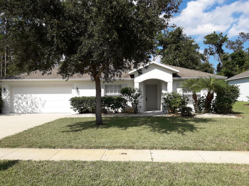 108  Fountain Lake Boulevard, Daytona Beach in Volusia County, FL 32117 Home for Sale