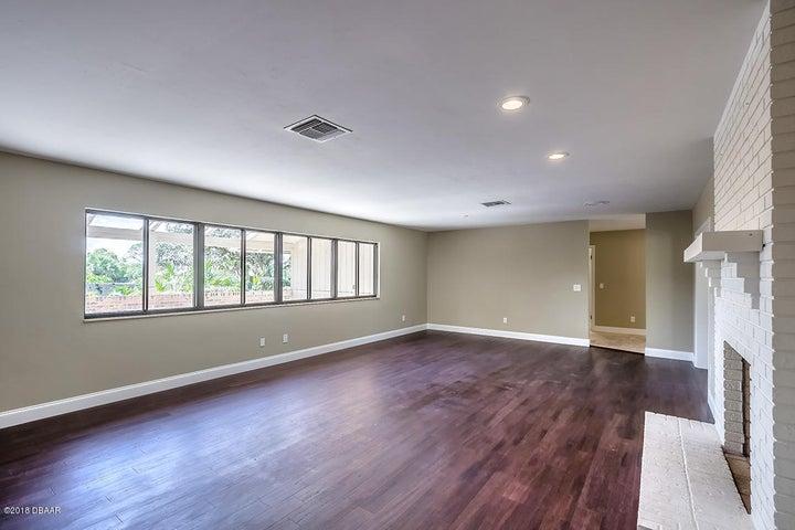 1045 Club House New Smyrna Beach - 3