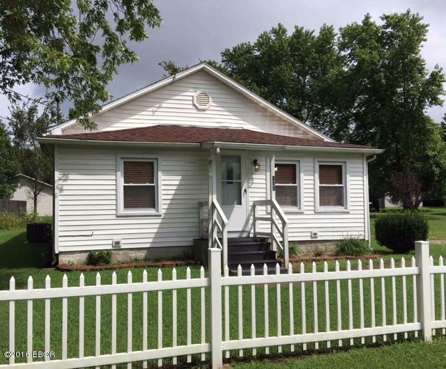 406 Ivy Street, Freeman Spur, IL 62841