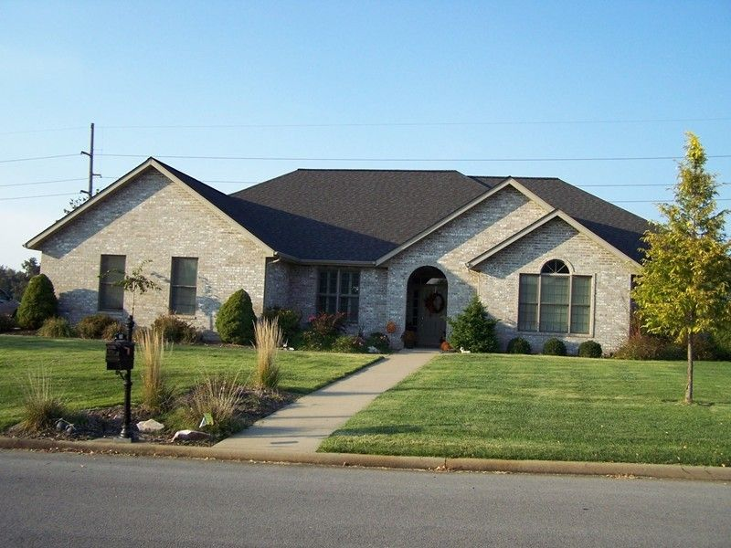 2708 Turnberry, Marion, IL 62959