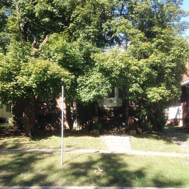 502 W Sycamore, Carbondale, IL 62901